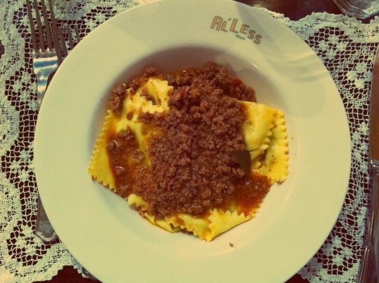 Ravioli al ragù | AL'less