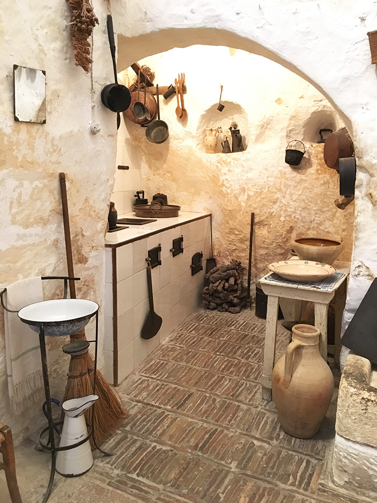 Casa grotta di Vico Solitario Matera | Foodtrip and More