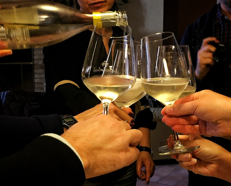 Spumante Tassanare Monteschiavo Vini |